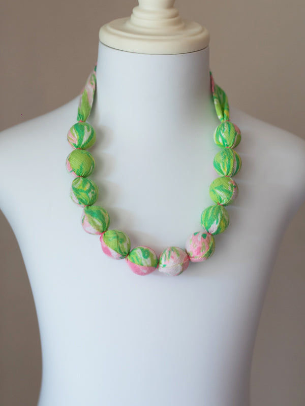 PIXIE BEAD NECKLACE IN GIRAFFE