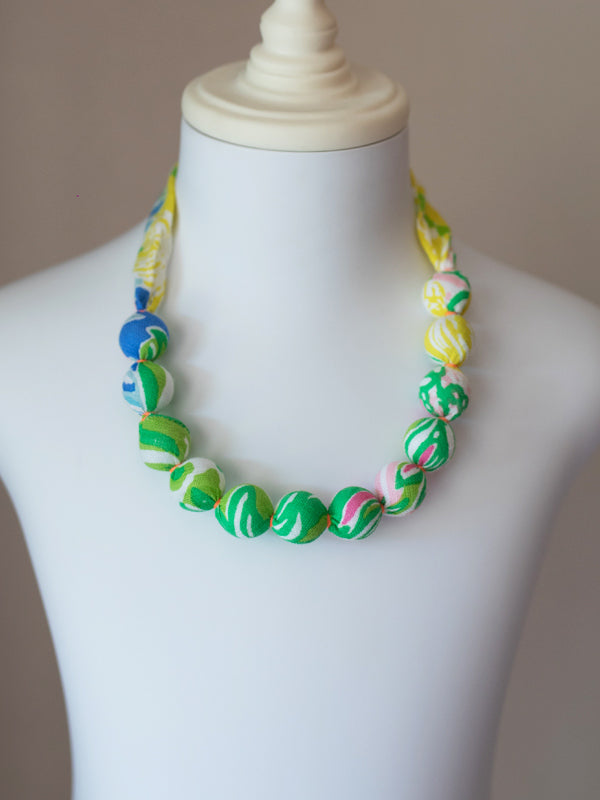 PIXIE BEAD NECKLACE IN MULTI FLOWER