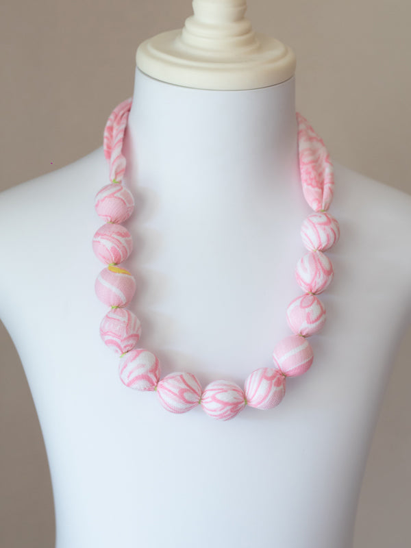 PIXIE NECKLACE IN PINK FLAMINGO