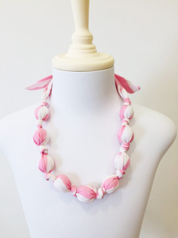 Taha hand-kotted necklace in candy floss