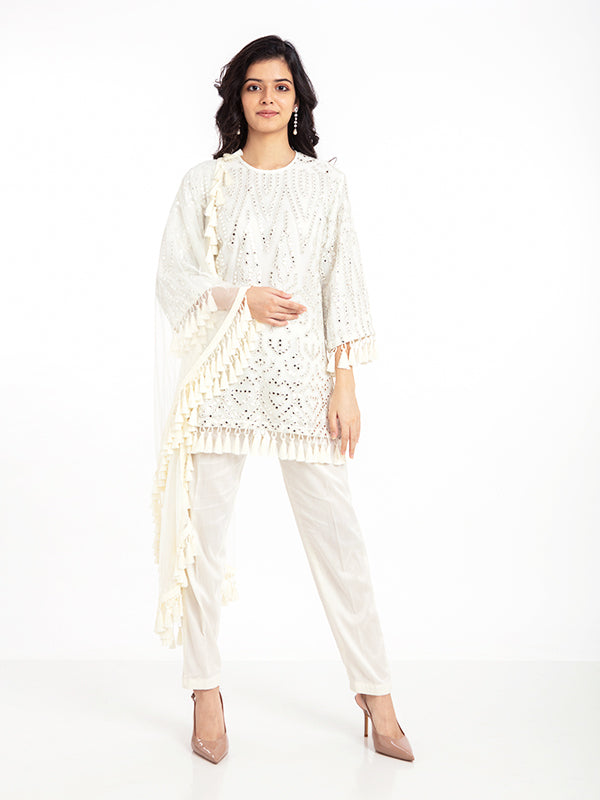 SHEESH MAHAL KURTA SET IN IN IVORY