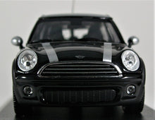 Load image into Gallery viewer, Minichamps 1:43 Mini Cooper Clubman 2007, Black Metallic, 1 of 1008.