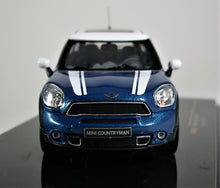 Load image into Gallery viewer, IXO 1:43 Mini Countryman Cooper S 2011 White over Blue.