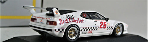 Minichamps 1:43 White  BMW  E26 1981 M1  Red  Lobster #25