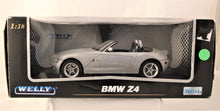Load image into Gallery viewer, Diecast Model - Welly 1:18 BMW Z4
