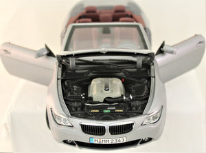 Diecast Model - Kyosho 1:18 2004 BMW 6 Series Convertible