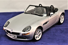 Load image into Gallery viewer, 1:18 Silver  BMW  E53 James Bond Z8