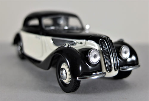 Universal Hobbies 1:43 White/Black  BMW  PW  327 Coupe
