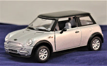 Load image into Gallery viewer, 1:38 Slvr/Blck Mini Cooper Mini Cooper