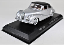 Load image into Gallery viewer, Detail Cars 1:43 Silver  BMW  502 Cabriolet
