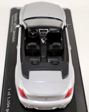 Load image into Gallery viewer, Minichamps 1:43 Silver  BMW  2006 M6 Cabriolet
