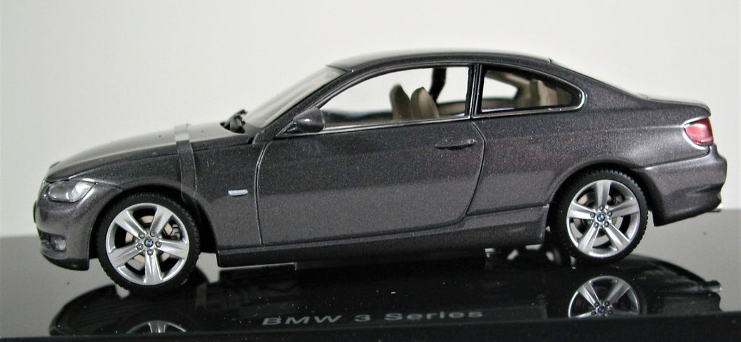 AUTOart 1:43 BMW 2005 3 Series Coupe - Sparkling Graphite Metallic.