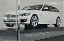 Load image into Gallery viewer, BMW 1:43 F31 3 Series Touring- White.