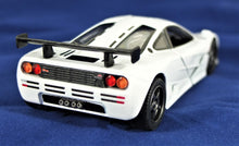Load image into Gallery viewer, KiNSMART 1:34 1995 McLaren F1 GTR Pull Back Action