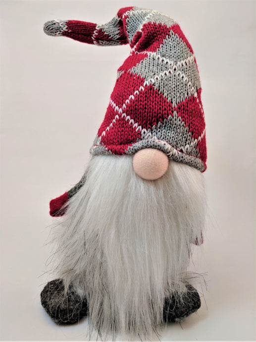The alternative to the Elf: Plush Argyle Gnome