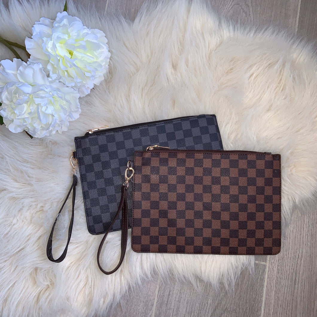 Checker clutch bag - brown