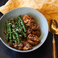 Slow cooked beef stew, with vegetables, quinoa & green beans