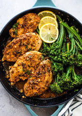 Grilled chicken with green beans and Broccoli