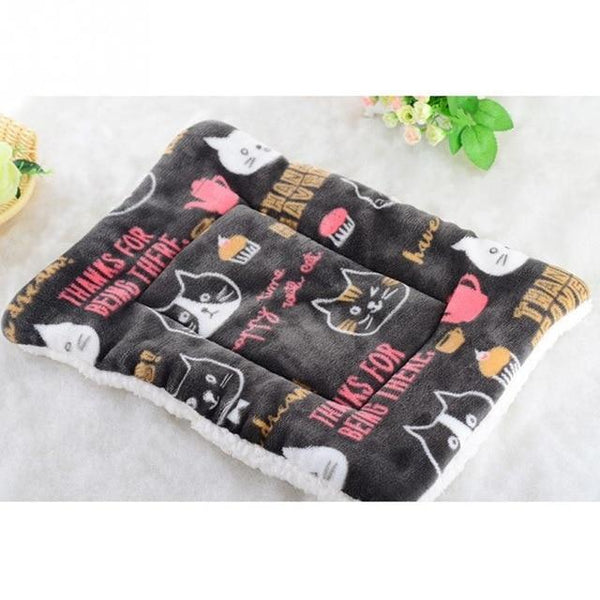 Soft Towel Warm Dogs Cute Bed Cushion Pad - Max and Maci's Store