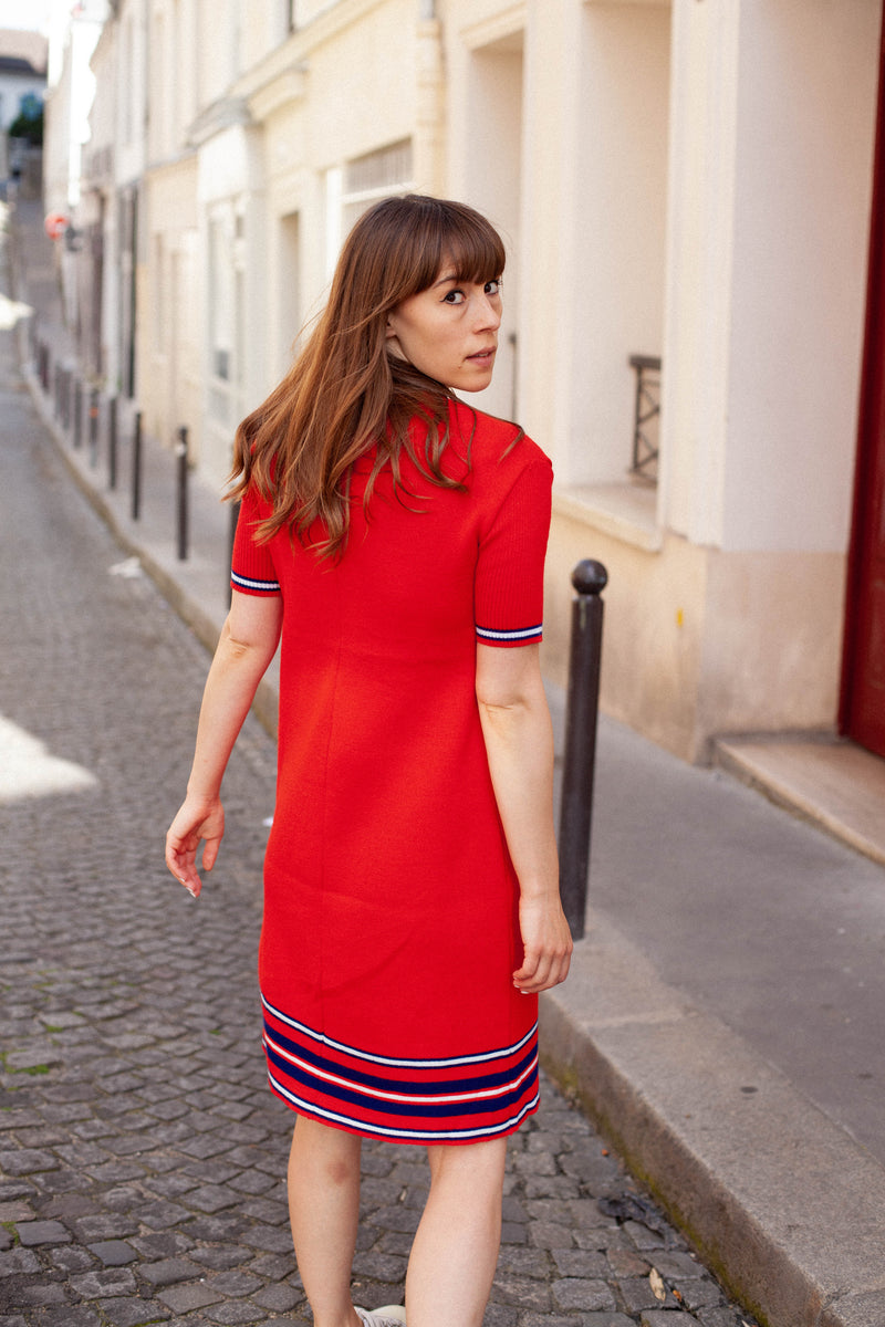 Anita is Vintage 70s Red Knitted Short Sleeve Mini Dress back