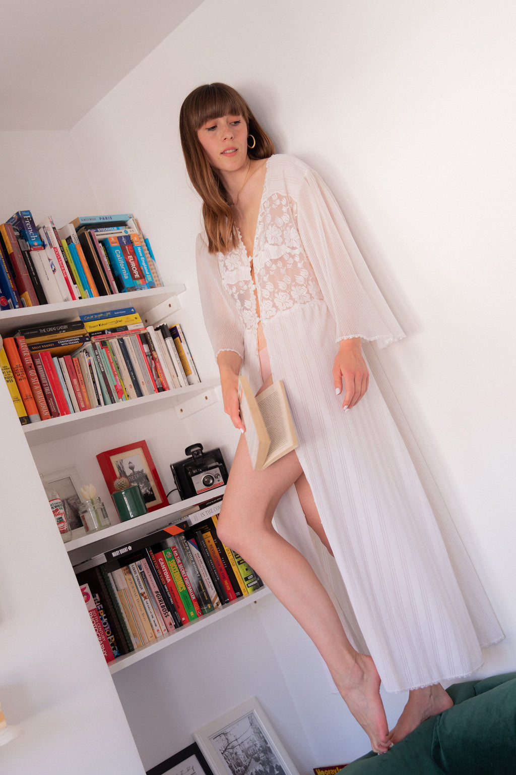 Anita is Vintage 70s White Dressing Gown Cover Up