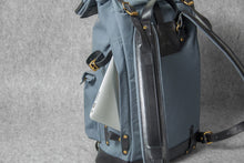 TRAVEL BACKPACK - grey