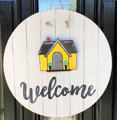 Interchangeable Welcome or Hello Hanger