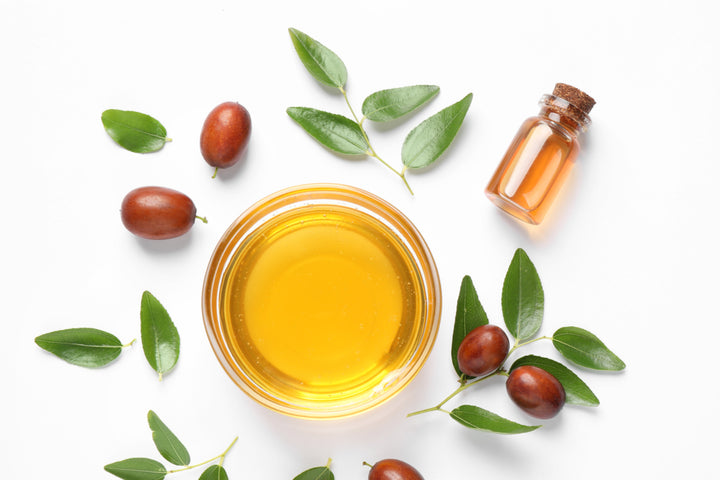 Jojoba Oil for Skin: Top 10 Uses