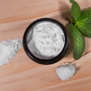 NATURAL BAKING SODA COCONUT OIL TOOTHPASTE