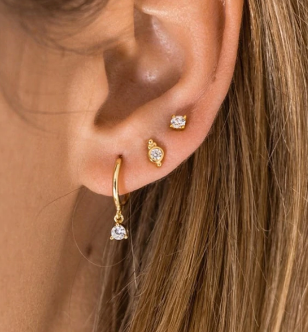 Solitario earrings