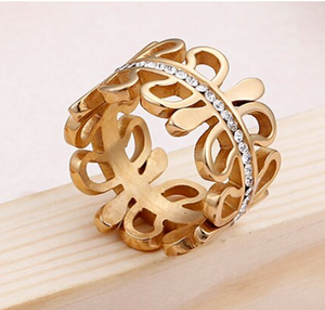 Swirl Gold Ring