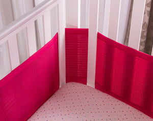 SafeDreams 4 Sided Hypoallergenic Breathable Cot Bumper - With Safebreathe Technology - Raspberry
