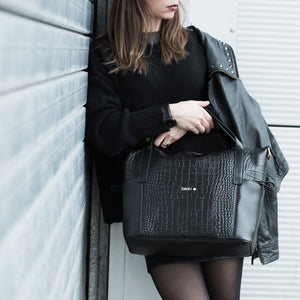 Size Beau Sophia Designer Leather Changing Bag - Black croc