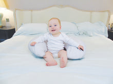 Load image into Gallery viewer, Widgey 5-in-1 Feeding Pillow Baby Model