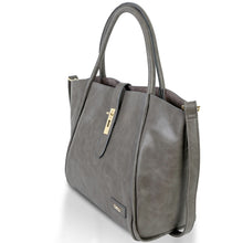 Load image into Gallery viewer, Beau Caris Leather Tote Style Changing Bag