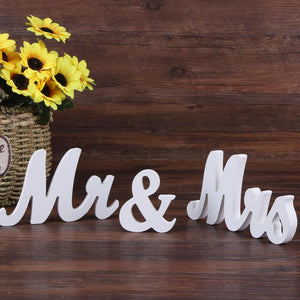 Wooden Mr & Mrs Letters Sign Wedding Props Standing Top DIY Table Decoration Wedding Party Supplies Ornaments