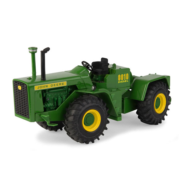 John Deere 1:32 scale National Farm Toy Museum 2018 Collector Edition 8010 Tractor