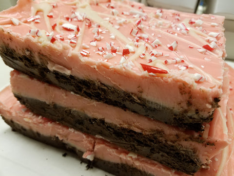 Peppermint Oreo Cookie Bark Fudge
