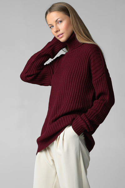 Rib-knit sweater with neck (wine)