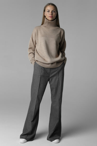 Sweater with high neck (beige)