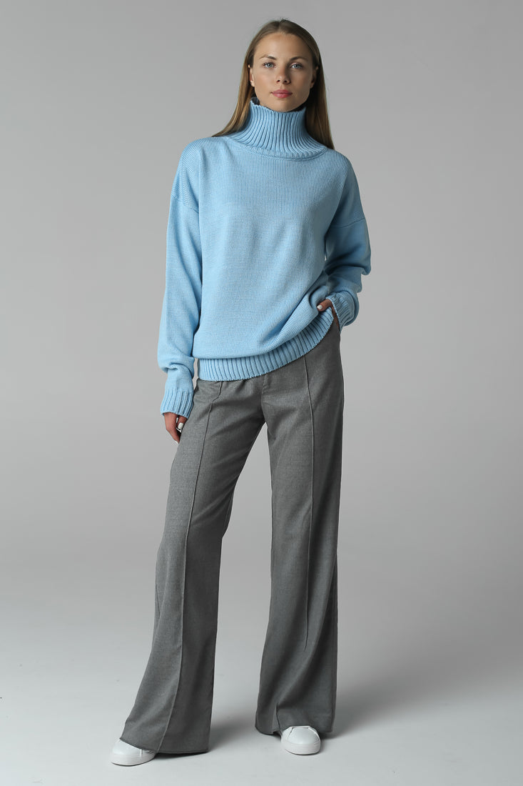 Sweater with high neck (blue)