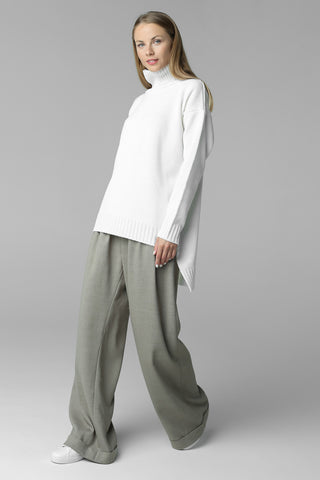 Asymmetric cut sweater with high neck (white)
