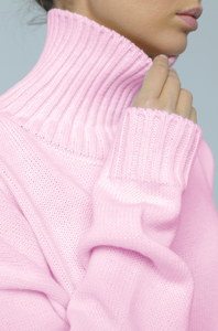 Sweater with high neck (pink)