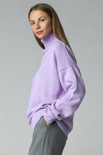 Sweater with high neck (lavender)