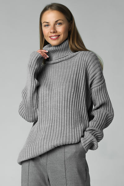 Rib-knit sweater with neck (grey)