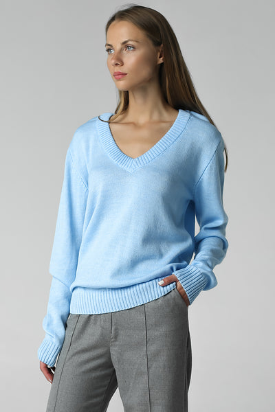 V-neck jumper (blue)