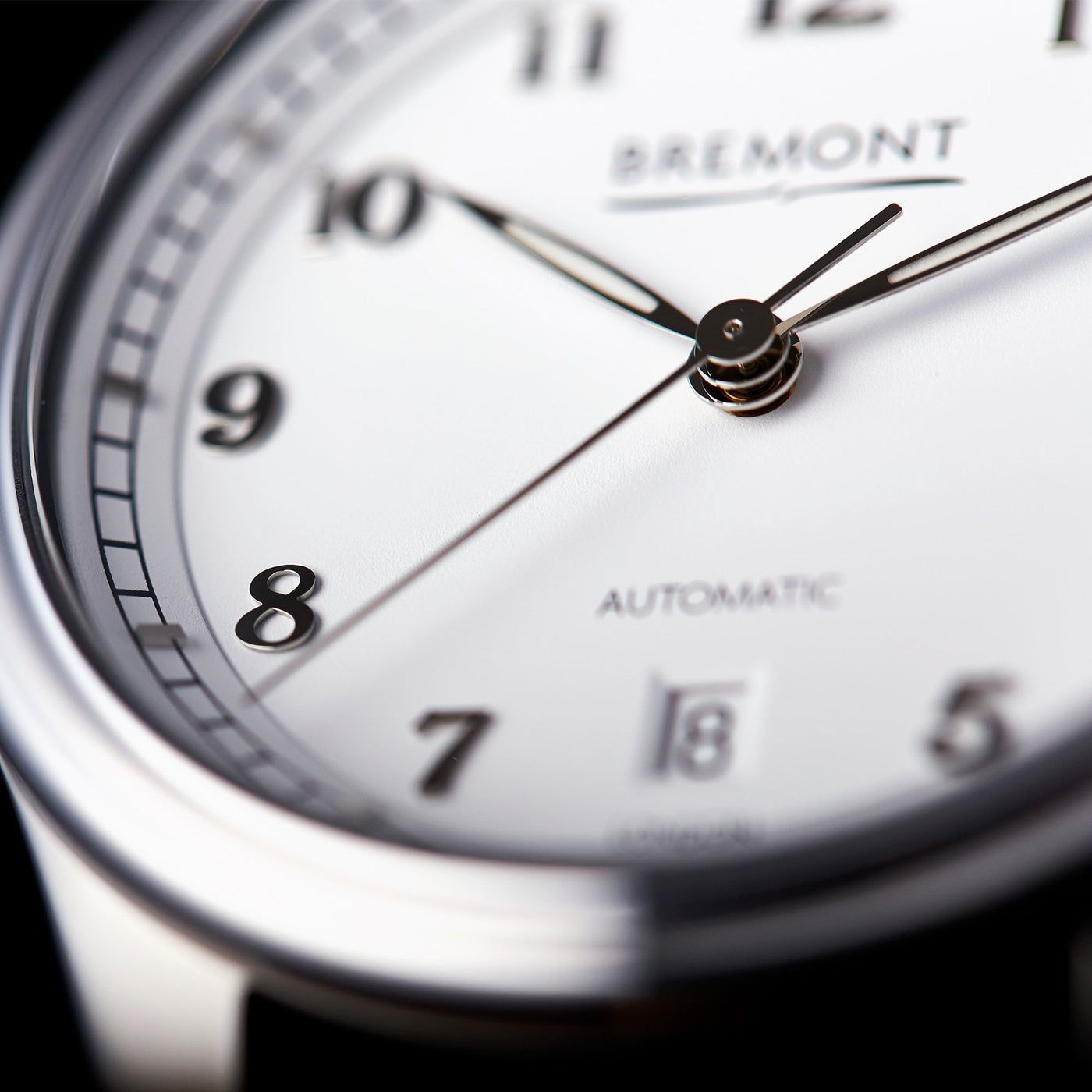 Bremont Airco Mach 2 White Lifestyle 4