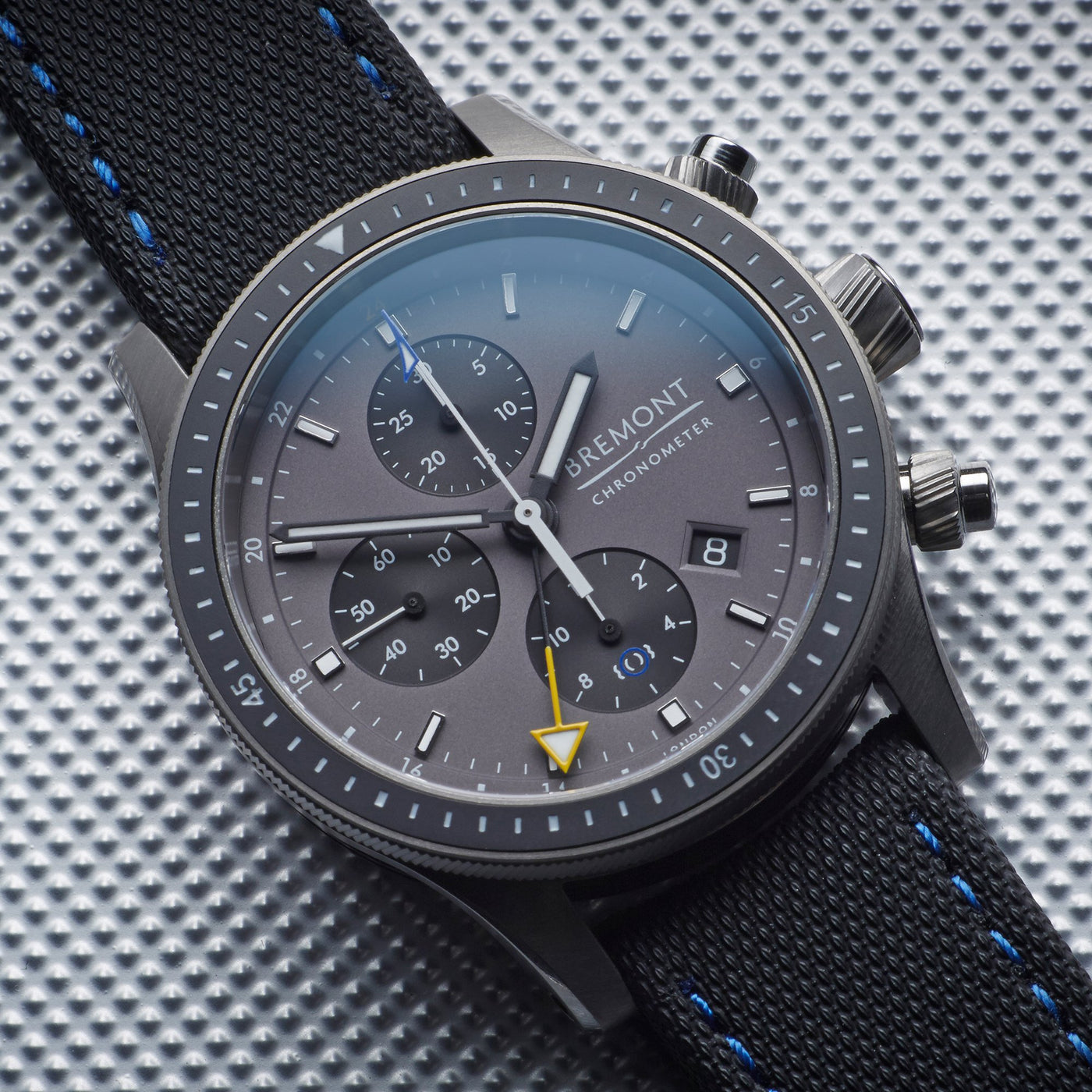 Bremont Boing Model 247 Ti GMT 4