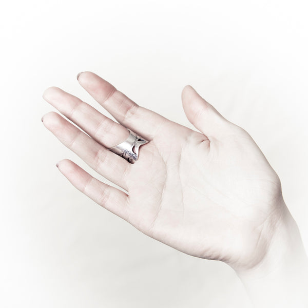 Silver Angel Wings Ring | shopcontrabrands.com