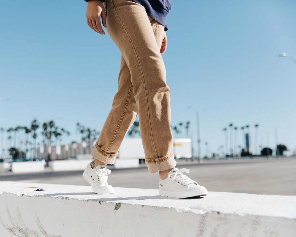 Simple Shoes Best Classic Sneakers and Casual Shoes Online